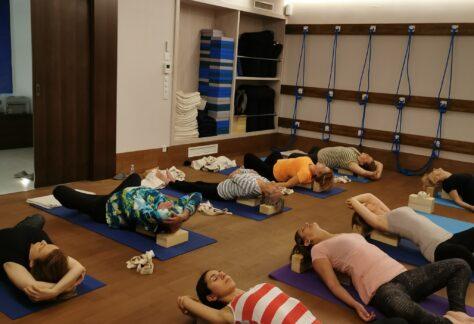 Hatha jóga | Középpont Jógastúdió